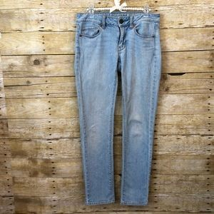 American Eagle Light Wash Skinny Jeans Sz 2 Short